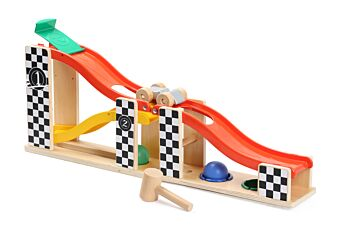 2 IN 1 RACING TRACK & POUNDING