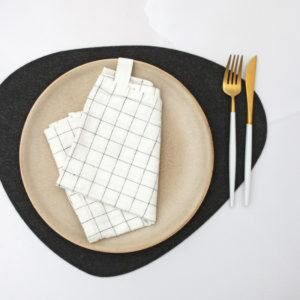 THE JOINERY   Place Mat Set of 4 - Rectangle - Black