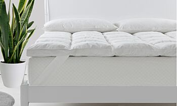 Royal Comfort Duck Feather and Down Mattress Topper 1800GSM Pillowtop Underlay