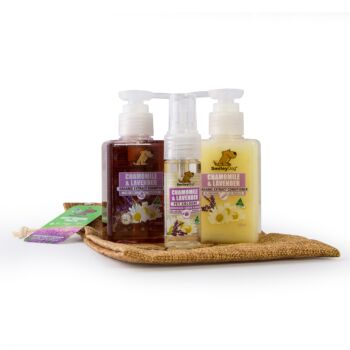 Smiley Dog Travel /Gift Pack in Hessian Bag - Organic Chamomile & Lavender Shampoo 100ml , Conditioner 100ml  & Cologne 30ml with Hessian Bag