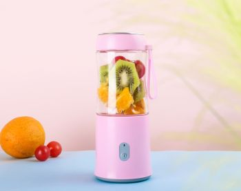 BPA Free USB Rechargeable Mini Portable Juice Vegetables Blender, Mixer and Shaker